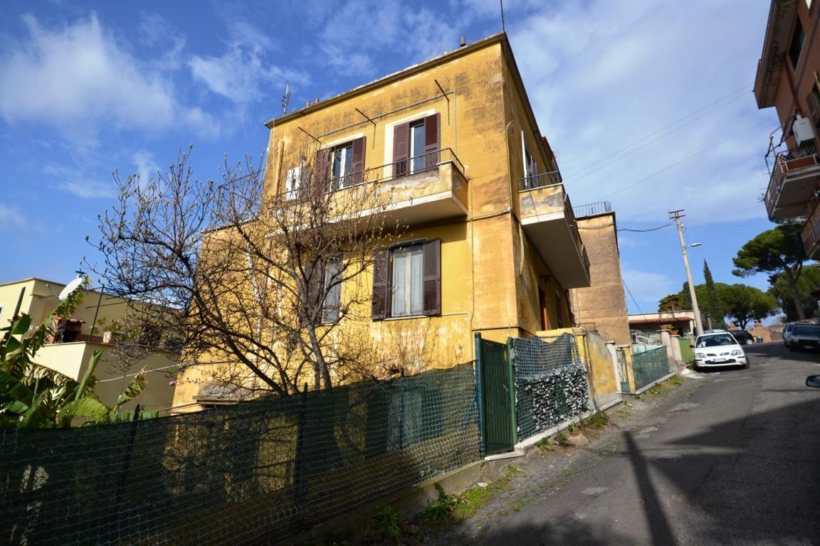 TIVOLI – Via Villa di Cassio (Zona Cassiano)